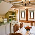 Kitchen - Chocolat Cottage